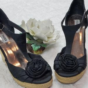 Steve Madden Black Rose Wedges Sandals